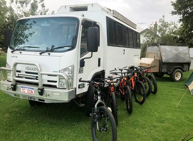 LifeCycle tour bus